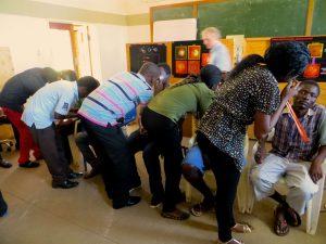 optometry-student-teaching-lilongwe-k1024
